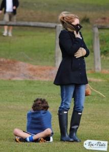 Fox in Flats, Mom Style, Mum Style