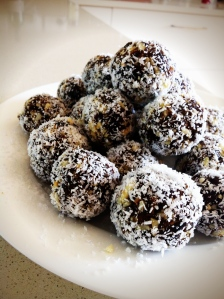 Date and Almond Balls
